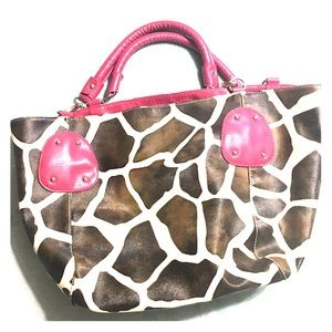 Giraffe Print Purse with Hot Pink accents